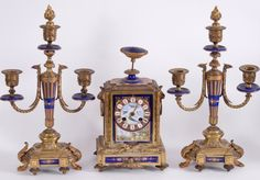 """Terno """"Relógio e par de candelabros"""" em bronze,.."""