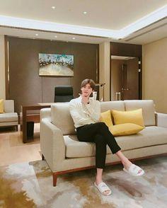 Lee Jong Suk Cute, Lee Jung Suk, Korean Star, Korean Men, Korean Celebrities, Korean Actors, Lee Jong Suk Wallpaper, Han Hyo Joo, Hyung Sik