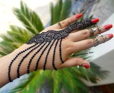 Simple and Easy Henna Images Gallery - 600 Simple and Easy Cute Henna Pictures Gallery on Hand for Beginner. New best henna design with cute design gallery Henna Images, Henna Pictures, Mehndi Design Pictures, Henna Designs Easy, Latest Mehndi Designs, Henna Tattoo Designs, Mehandi Designs, Henna Mehndi, Henna Art