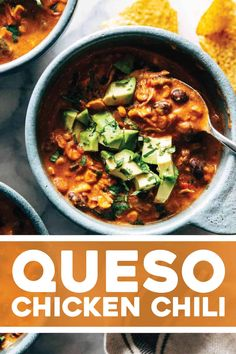 Queso Chicken Chili! Creamy, spicy, and so easy. Made with roasted corn, jalapeño, and creamy Pepper Jack cheese. Super easy dinner! #chili #crockpot #instantpot