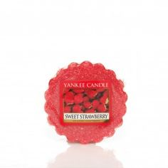 Sweet Strawberry Yankee Candle Company Tarts® Wax Melts - The essence of perfectly ripe strawberries sprinkled with sugar. Bougie Yankee Candle, Yankee Candles, Scented Wax, Scented Candles, Candle Wax, Candle Melts, Wax Tarts, Strawberry, Sweet