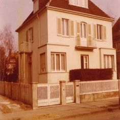 We lived in this town where  Elvis rented ia house n Bad Nauheim Germany during his Army days - 1959.