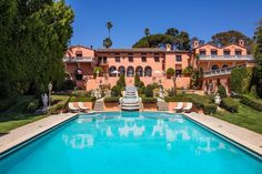 """The Historic Beverly Hills Mansion from Beyoncé's """"Black Is King"""" Beverly House, Beverly Hills Mansion, Form Architecture, Extravagant Homes, Expensive Houses, The Godfather, Spanish Style, Home Look, Apartment Therapy"""