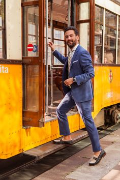 When traveling for just a few days, I always bring two suits, one formal and one casual, multiple white dress shirts, 3-4 ties, a bow tie and two pairs of shoes - at #salonedelmobile with Matthew Zorpas #menswear