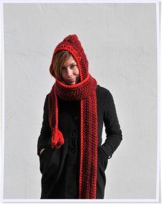 Bufanda con capucha burdeos
