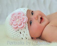Baby Girl Hat, Newborn Girl Hat with Flower, Baby Hats, Photo Props, White… Crochet Bebe, Baby Girl Crochet, Crochet Baby Hats, Baby Knitting, Knitting Hats, Baby Girl Hats, Girl With Hat, Baby Girl Newborn, Baby Girls