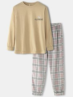 Lazy Outfits, Cute Night Outfits, Pajama Outfits, Kpop Fashion Outfits, Suit Fashion, Trendy Outfits, Funny Pajamas, Cozy Pajamas, Cute Pajama Sets