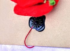 Poppy Brooches, Flower Brooch, Needle Felting, Poppies, Washer Necklace, Etsy, Drop Earrings, Sewing, Nice