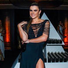 Mirella Santos usa Máxi Colar.      #elasusam #elasamam #bijuteria #bijoux #acessórios #mirellasantos    www.priacessorios.com.br