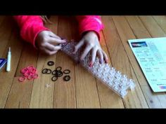 Making A Simple Rubber Band Bracelet With The Wonder Loom - YouTube