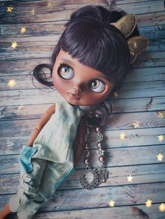 Custom Blythe doll create beautiful dolls for you by MiKaBlythe Pretty Dolls, Beautiful Dolls, Little Monsters, Custom Dolls, Ball Jointed Dolls, Big Eyes, Vintage Dolls, Blythe Dolls, Doll Toys