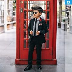 Friends, this is a dude that knows how to wear a modsuit. Little boys rocking our suits make us so happy. See more looks at appaman.com