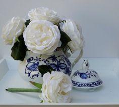 Flower Pens in Blue & White Tea Pot by TheEducatedOwl on Etsy