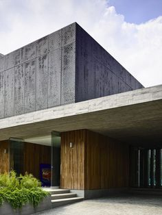 Courtesy of ONG&ONG Architects: ONG&ONG, Studio 7B Location: Singapore Directors: Diego Molina, Maria Arango Architecture Associates: Camilo Peláez, Tomas Jarmillo Valencia Area: 724.73 m2 Project Ye