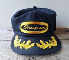 Vintage 80s SNAP-ON Tools Mesh Trucker Hat Gold Laurel Leaf Snapback Cap K-Brand #KBrand #BaseballCap