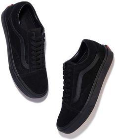 sneakers vans Old Skool Sneaker Tenis Vans, Vans Sneakers, Sneakers Fashion, Fashion Shoes, Sneakers Women, Sneakers Workout, Nike Fashion, Vans Sk8, Platform Sneakers