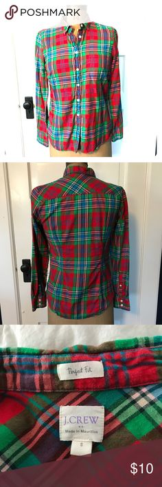 J Crew Factory Red Plaid Flannel Shirt Sz Small J. CREW FACTORY WOMEN'S PERFECT FIT RED BLUE GREEN PLAID FLANNEL BUTTON UP SIZE SMALL. Excellent condition worn only twice! I accept offers! J. Crew Factory Tops Button Down Shirts