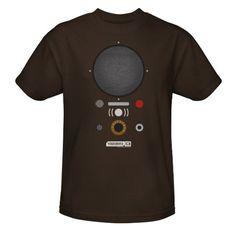 Amazon.com: Comic-Con Warehouse 13 Farnsworth T-Shirt, Large: Clothing