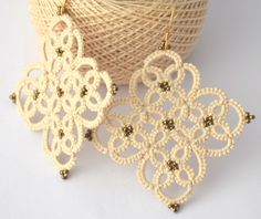 Tatting lace earrings beige and bronze beads, lace, tatting bronze beige beads…
