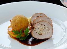 Panenka s dubákovou plnkou a mäsovými kroketami (fotorecept) - recept | Varecha.sk Pork, Meat, Kale Stir Fry, Pork Chops