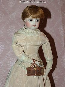 Sewing Necessaire with Accessories ~ French Fashion Dolls (item #1285311)