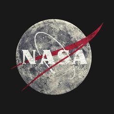 Shop NASA Moon Vintage Emblem nasa t-shirts designed by Lidra as well as other nasa merchandise at TeePublic. Iphone Wallpaper Nasa, Best Iphone Wallpapers, Cute Wallpapers, Nasa Rocket, Nasa Moon, Wallpaper Space, Vintage Space, Space And Astronomy, Nasa Space Pictures