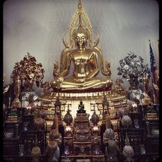First time at the Wat Buddharangsi Buddhist Temple of Miami