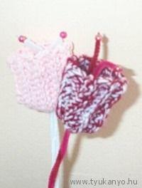 Horgolt tulipánok - Március 8.- Nemzetközi Nőnap - virág Crochet Earrings, Christmas Ornaments, Holiday Decor, Christmas Ornament, Christmas Topiary, Christmas Decorations