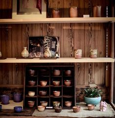 . . . . #nabateaconceptstore #nabateastyle #nabateatravels #bevisuallyinspired #thelitthethings #simpleandstill #aquietstyle #smallmomentsofcalm #smallbusiness #inspiration #makersmovement #supportsmallbusiness #slowliving #theevrydayproject #daysofsmallthings #pottery #explorejapan #bestjapanpics #japan_photo_now #meettheworld #kyototravel_japan #retro_japan_ #visitjapan #kyoto #japan