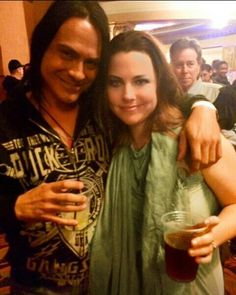 Lzzy hale of halestorm and amy lee of evanescence music winter tour 2015 meet and greet m4hsunfo