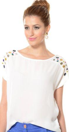 Shirt Refashion, Diy Shirt, Diy Fashion, Fashion Outfits, Womens Fashion, Fashion Trends, Mode Plus, Personalized T Shirts, Diy Clothing