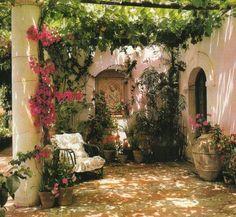 Estilo toscano (XXI) - Lilly is Love Tuscan Courtyard, Spanish Courtyard, Spanish Garden, Tuscan Garden, Italian Garden, Outdoor Retreat, Outdoor Rooms, Outdoor Gardens, Outdoor Living