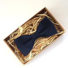 Dark Blue Mens Bowtie Black blue bow tie Midnight blue by Luwrine
