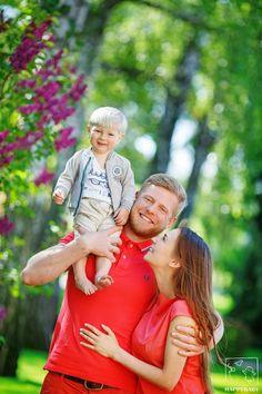 Семейная фотосессия в Киеве, семейная фотография, фотосессия всей семьей, семейный альбом - дома ив студии / Детская фотостудия HappyBaby