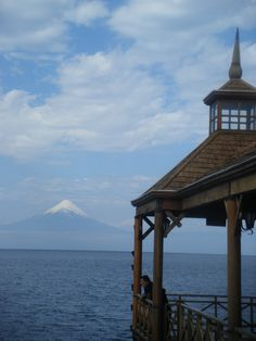 Volcán Osorno, Llanquihue Lake. Picture taken from Frutillar. Chile
