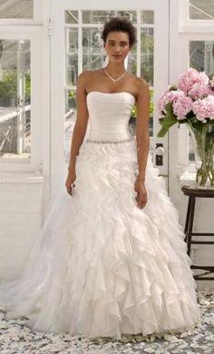 David's+Bridal+WG3118,+find+it+on+PreOwnedWeddingDresses.com