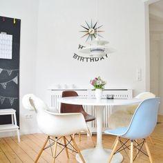 Ikea 'Docksta' tulipe table