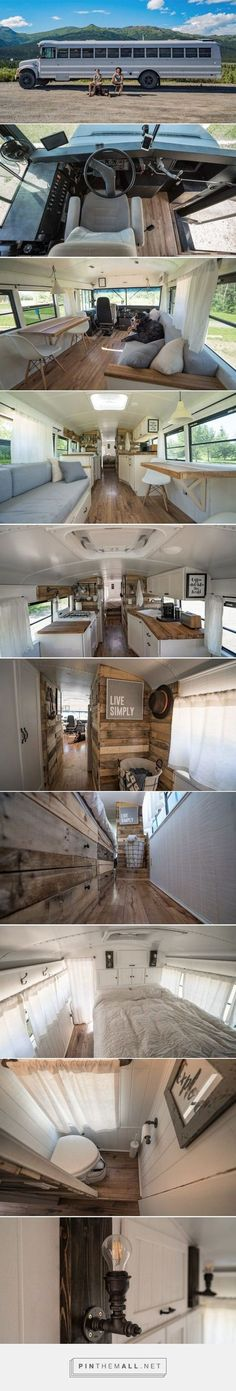 Lovely soft colors and details in your interiors. Latest Home Interior Trends. School Bus Home, School Bus Tiny House, Old School Bus, Tiny Loft, Tiny House Loft, Building A Tiny House, Couple In Car, Couple Fun, Couple Room
