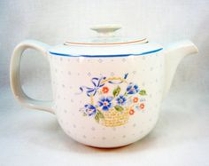 Country Corn Flower Teapot by Corning by RichardsRarityRealm, $15.00