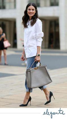 Leila Yavari in a classic white shirt White Shirt Outfits, White Shirt And Jeans, Outfit Jeans, White Shirts, French Fashion, Look Fashion, Autumn Fashion, Jeans Fashion, Feminine Fashion