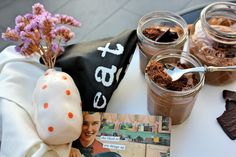 Dark chocolate peppermint mousse: http://sweetbigas.blogspot.pt/2015/05/mousse-de-chocolate-negro-e-menta.html