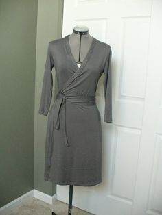 Wrap Dress ~ free pattern!! Perfect for any body shape.