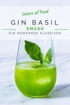 Happy New Year: Gin Basil Smash - Happy New Year: Gin Basil Smash -You can find Coffee and more on our website.Happy New Year: Gin Basil Smash - Happy. Easy Lemonade Recipe, Flavored Lemonade, Homemade Lemonade Recipes, Easy Gin Cocktails, Gin Cocktail Recipes, Summer Drink Recipes, Gin Recipes, Gin Basil, Basil Cocktail