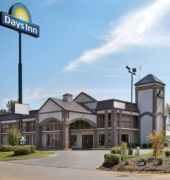#Hotel: DAYS INN OAK GROVE/FT. CAMPBELL, Oak Grove - Ky, U S A. For exciting #last #minute #deals, checkout #TBeds. Visit www.TBeds.com now.