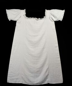 1851 Chemise, linen with muslin frill, Great Britain; V&A