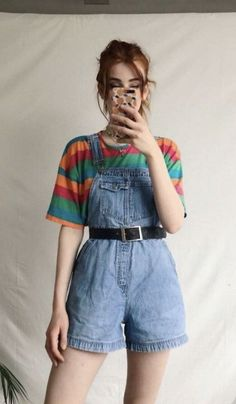 Retro Outfits, Cute Vintage Outfits, Overalls Vintage, Grunge Outfits, Casual Outfits, 80s Style Outfits, 80s Inspired Outfits, Rock Outfits, Artsy Outfits