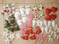 vianočné ozdoby Christmas Decorations, Holiday Decor, Christmas Stockings, Gift Wrapping, Sewing, Gifts, Home Decor, Needlepoint Christmas Stockings, Gift Wrapping Paper