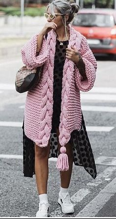 This item is unavailable cardigan jacket poncho sweater fashion 2019 Record of Knitting Yarn rotating, weaving and sewing careers such as for ins. Crochet Cardigan Pattern Free Women, Cardigan Au Crochet, Knit Cardigan Pattern, Chunky Cardigan, Poncho Sweater, Crochet Pattern, Pink Cardigan, Poncho Pullover, Free Pattern
