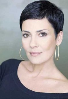 Short Pixie Haircut Layered Styles