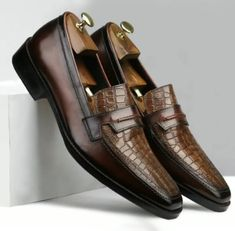 Wingtip Shoes, Leather Loafer Shoes, Leather Moccasins, Loafers Men, High Leather Boots, Brown Leather, Formal Shoes, Casual Shoes, Chelsea Shoes
